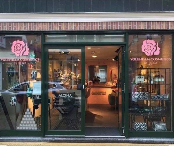 Volendam Cosmetics - Winkel